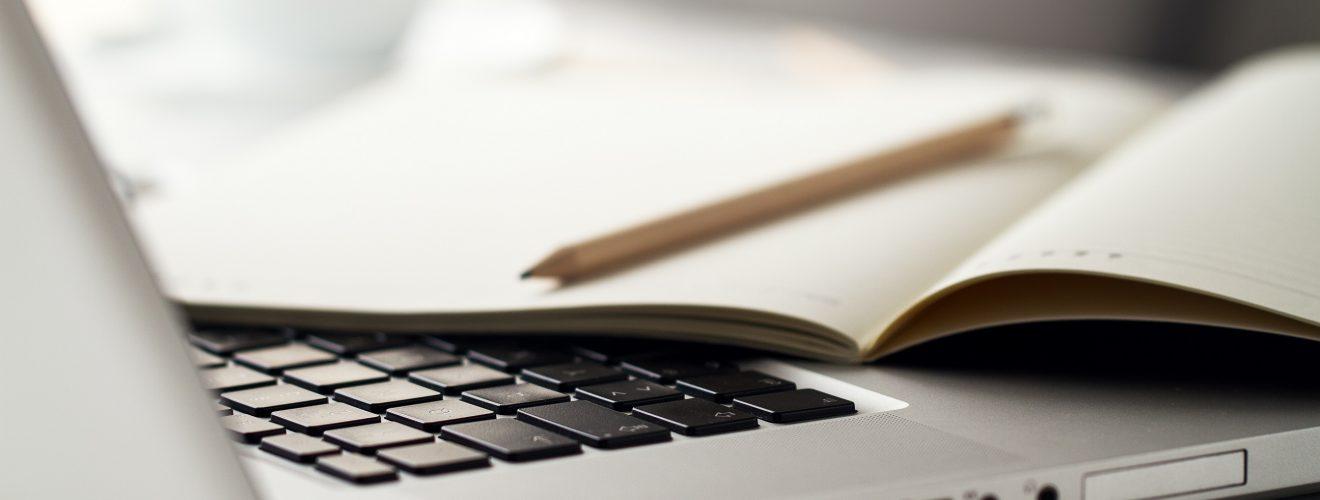 Услуги редактора текста и услуги корректора текста
